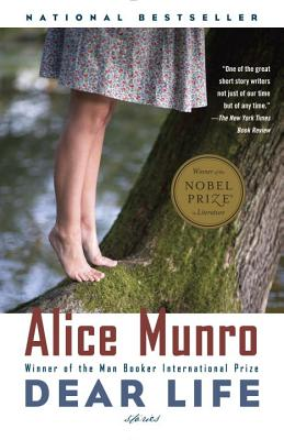 Dear Life: Stories (Vintage International), Alice Munro