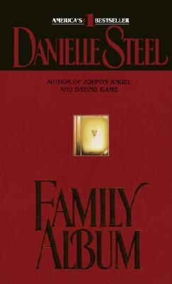 Family Album: A Novel, Steel, Danielle