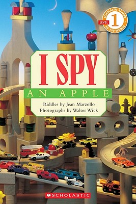 Image for Scholastic Reader Level 1: I Spy an Apple